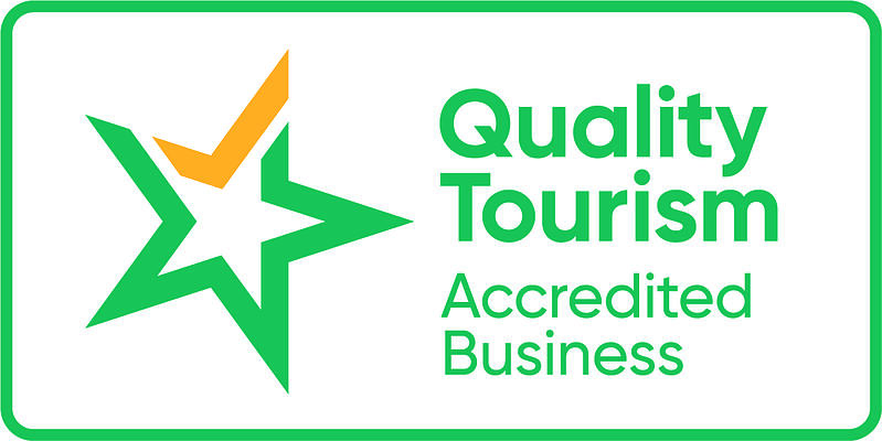 logo QTAB Horizontal Green+Yellow Pos CMYK (002)